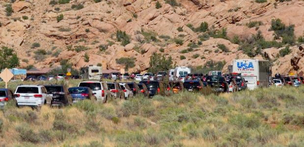 Utah Towns Crushed By Unmanageable Tourist Traffic Free